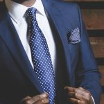 how to dress for a professional presentation