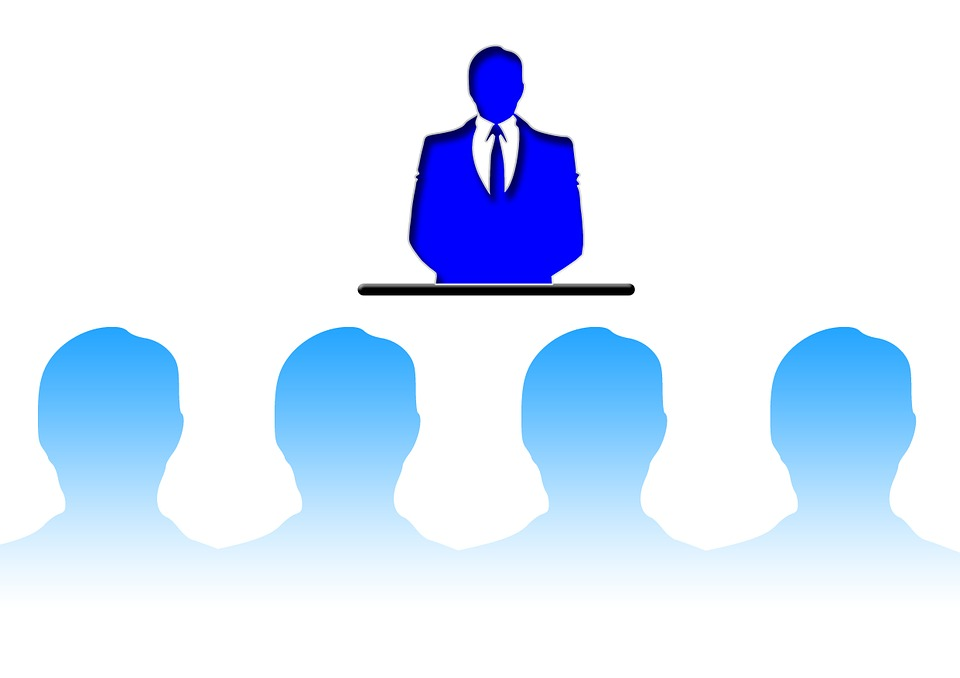 How to introduce yourself in a public speaking?